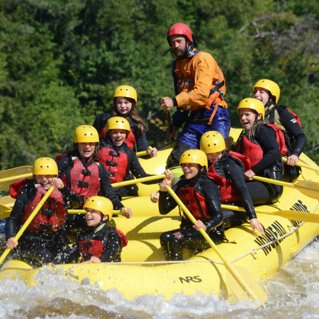 Grade_7_rafting_2016